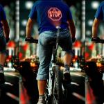 Cyclee proyecta imágenes en la espalda de los ciclistas